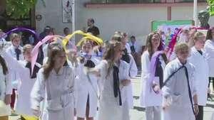 De la guerra siria a un colegio en Uruguay Video: