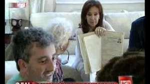 Cristina recibió a Estela Carlotto y a su nieto Video: