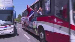 Uruguayos regresan a casa para votar Video:
