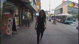 Así vive una mujer el acoso callejero Video: