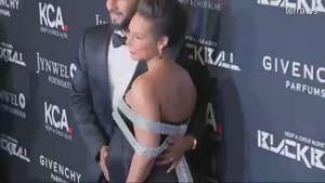 Alicia Keys presume de recta final de embarazo Video:
