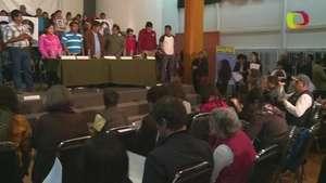 Peña Nieto decepciona a padres de estudiantes secuestrados Video: