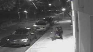 Video muestra momento del secuestro de una mujer en Filadelfia Video: