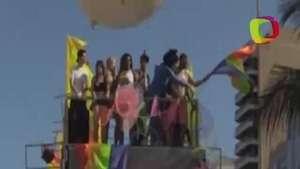 'Gay Parade' de Río de Janeiro conjugó fiesta y asaltos Video:
