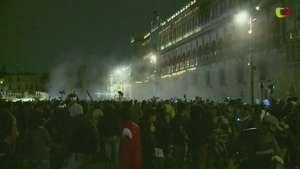 Nuevos disturbios en el Zócalo mexicano Video: