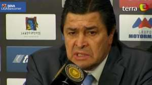 Luis Fernando Tena acepta fracaso de Cruz Azul en el torneo Apertura 2014 Video: