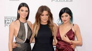 The Stars Shine at the AMAs! Video: