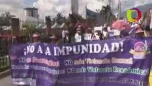 Mujeres salvadoreñas exigen terminar con violencia de género e impunidad Video: