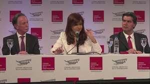 Kirchner regresa y promueve acuerdo con acreedores Video: