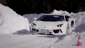 Conducción en nieve con Lamborghini Huracan Video: