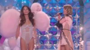 Taylor Swift y Ariana Grande encienden desfile de ángeles Video: