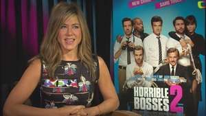 'Horrible Bosses 2': Jennifer Aniston usa juguete sexual con pieza de joyería Video: