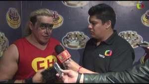 """Rey Bucanero demuestra que no es el """"rival más débil"""" Video:"""