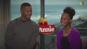 Jamie Foxx y Quvenzhané Wallis le ponen ritmo a 'Annie' Video:
