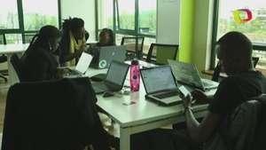 Uganda busca un lugar en el sector de las 'apps' Video: