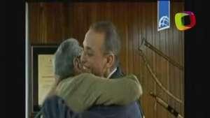 Raúl Castro recibe a los tres cubanos liberados Video: