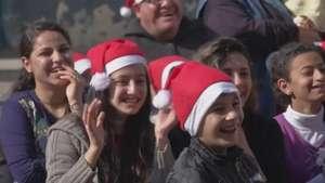 Cristianos desplazados en Irak celebraron la Navidad Video: