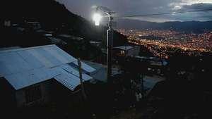 El sol que ilumina la noche de Granizal Video: