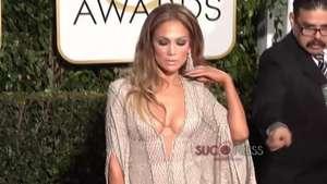 Jennifer López nos deja boquiabiertos con este vestido Video: