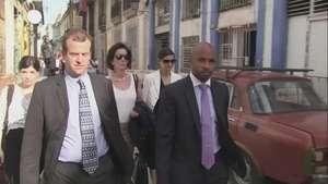 Subsecretaria de EU camina por La Habana Video: