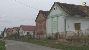 El curioso caso de las casas cubo de Hungría Video: