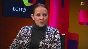 Adriana Barraza da 'cachetadita y terrón de azúcar a 'Buen día Ramón' Video: