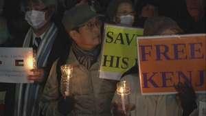 Hacen vigilia en Japón para pedir por rehenes del Estado Islámico Video: