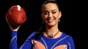 Katy Perry Dishes on Super Bowl Halftime Show Video: