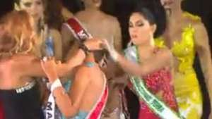 ¡Berrinche! Arrancan la corona a Miss Amazonas 2015 Video: