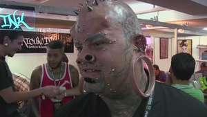 Tatuadores y aficionados sorprenden en Venezuela Expo Tattoo Video: