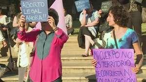 Mujeres chilenas aún sin derecho al aborto Video: