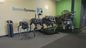 Boston Dynamics ha dado a conocer un nuevo perro robot llamado Spot Video:
