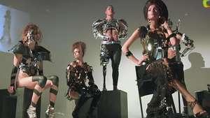 Moda para amputados en Milán Video: