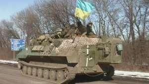 La difícil retirada de armamento en Ucrania Video: