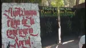 Expertos investigan sobre los 43 desaparecidos en México Video: