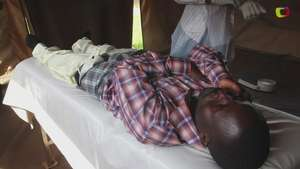 Circuncisión sin cirugía en lucha contra VIH Video: