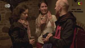 Polonia: misas para solteros Video:
