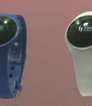 Relojes inteligentes invadirán el mercado en 2015 Video: