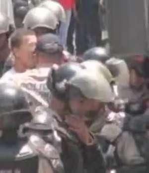 Acaba el motín de presos en Caracas  Video: