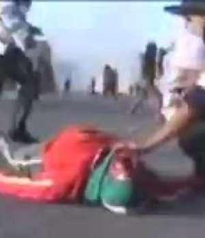60 días de emergencia en Perú tras muerte de manifestante Video: