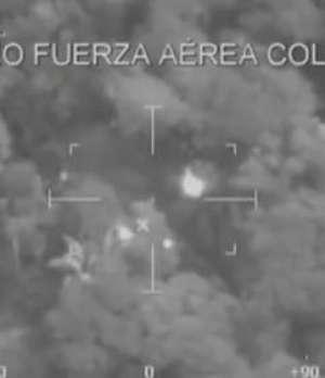 Fuerza Aérea de Colombia mata 26 guerrilleros de las FARC Video: