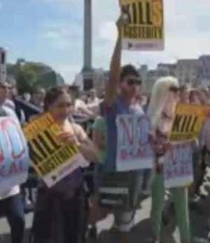 Cientos de personas apoyan en Londres el