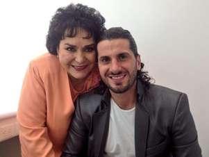 Carmen Salinas ha impulsado la carrera de Abraham Batarse ante los medios y salió embarrada en el chisme. Foto: Twitter
