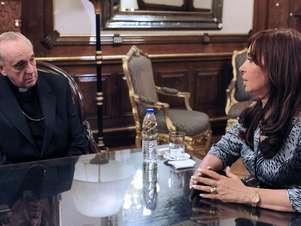 Cristina y el entonces arzobispo de Buenos Aires, reunidos en 2010 Foto: AFP