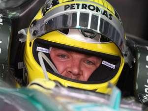 Los tres primeros en salir en la carrera en Baréin serán Rosberg, Vettel y Alonso. El alemán de Mercedes ha marcado un fantástico tiempo  1:32:543- que nadie ha sido capaz de mejorar. Foto: José Mª Rubio