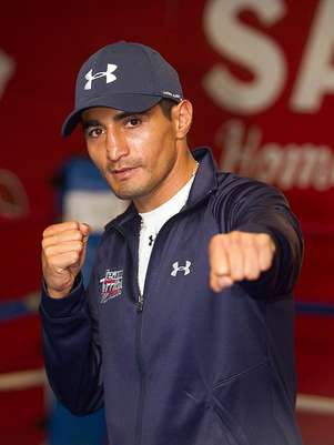 Eric Morales quiere defender su título.  Foto: Jon Elits - Hoganphotos/Golden Boy Promotions