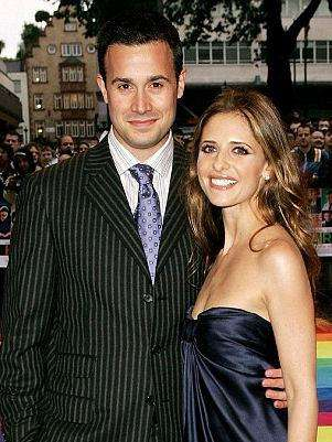 Freddie Prinze Jr. y Sara Michelle Gellar. Foto: Getty Images