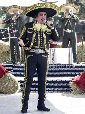The gallery for -->... Vicente Fernandez Mariachi