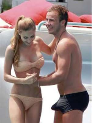 Mario Gotze could not hide his excitement in Ibiza. Foto: Twitter//Kubila