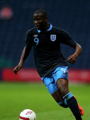 Benik Afobe of England in action during the UEFA European U19 Championship Elite Qualifying Round match between England and Switzerland at Deepdale on May 30, 2012 in Preston, England. Foto: Getty Images